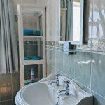 Erne Villa Bathroom