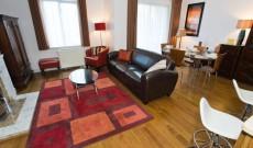 Cowper Apartment 4